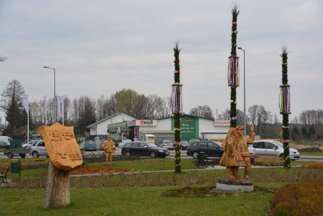 Wielkanocne dekoracje w mieście - Dobroń